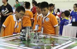 Việt Nam đoạt nhiều giải thưởng cao tại Ngày hội Robothon quốc tế 2015