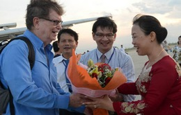 Giáo sư Nobel vật lý George F. Smoot đến Bình Định
