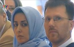 Đức: Bãi bỏ lệnh cấm giáo viên Hồi giáo đội khăn trùm đầu