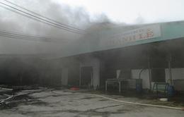 Tây Ninh: Cháy dữ dội ở nhà máy chế biến mủ cao su