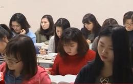 Triển vọng việc làm ảm đảm, nhiều học sinh Hàn Quốc theo học trường nghề