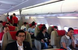 Hút thuốc trên máy bay, hai hành khách bị phạt 8 triệu đồng