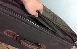 Ai có thể trộm cắphành lýtrong sân bay?
