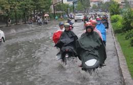 TP. HCM: Nhiều tuyến đường ngập sâu sau cơn mưa