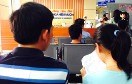 Hẻm hiếm muộn chờ con: 'Chợ bán giống người' tại TP.HCM