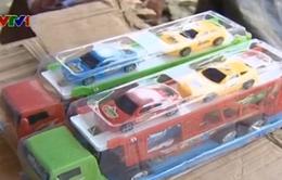 Bắt 4 xe tải hoán cải chở hàng gia dụng nhập lậu
