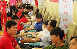 Hành trình Đỏ 2015 đã tiếp nhận hơn 16.000 đơn vị máu