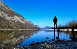 """Chiêm ngưỡng hồ """"gương"""" khổng lồ ở Slovenia"""