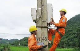Đề xuất nâng mức hỗ trợ số điện với hộ nghèo lên 100 kWh/tháng