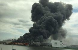 Cháy tại nhà máy thép Nhật Bản