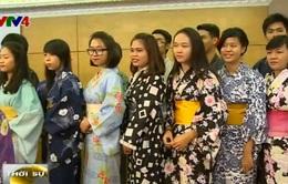 Trao tặng 100 bộ Yukata cho các trường dạy tiếng Nhật tại Hà Nội