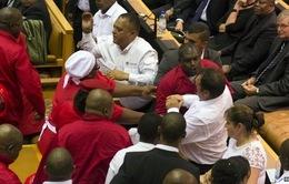 Nam Phi: Hỗn loạn trong lễ công bố Thông điệp quốc gia