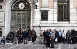 Hy Lạp: Người dân lo lắng vì... nợ