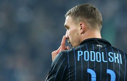 Lukas Podolski là một trong những tân binh tệ nhất của Serie A