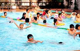 Trẻ đuối nước ở hồ bơi công cộng: Chớ xem nhẹ!
