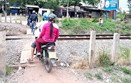 Hà Nội sẽ xử lý gần 70 đường ngang dân sinh mất an toàn