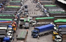 Hàng nghìn tấn nông sản ùn ứ tại cửa khẩu Lạng Sơn