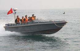 Quân y Hoa Kỳ huấn luyện kỹ thuật cấp cứu trên biển