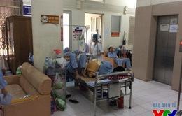 Bệnh viện Nhiệt đới Trung ương quá tải vì sốt xuất huyết
