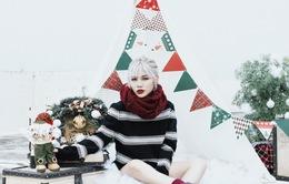 Yến Lê tóc bạch kim cá tính đón Giáng sinh