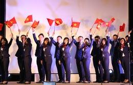 """Lớp trẻ Việt tưng bừng """"nở rộ"""" trong lễ tổng duyệt Văn nghệ Quốc gia"""