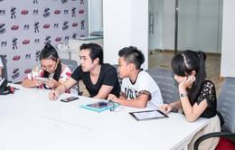 Giọng hát Việt nhí 2015: Dương Khắc Linh lấn cấn chọn bài cho học trò