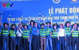 Thanh niên Thủ đô góp phần giảm ùn tắc tại hầm chui Thanh Xuân