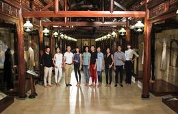 Top 10 Vietnam's Next Top Model 2015 khám phá nét đẹp áo dài Việt
