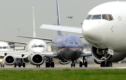 Máy bay chở 180 hành khách suýt đâm máy bay không người lái