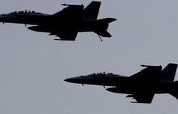 Trung Quốc tức giận vì chiến đấu cơ của Mỹ hạ cánh ở Đài Loan