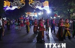 Sôi động lễ hội dân gian đường phố mừng 60 năm Giải phóng Thủ Đô
