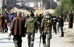 Hàng trăm phiến quân đối lập ở Syria ra đầu hàng chính phủ