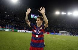 VIDEO: Messi và 10 'siêu phẩm' sút phạt hàng rào cho Barca