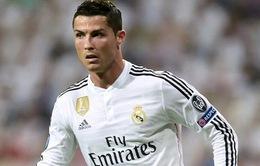 VIDEO: Ronaldo bỏ lỡ cơ hội ghi bàn mười mươi trước Galatasaray