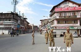 Thủ tướng Pakistan hối thúc giải quyết tranh chấp với Ấn Độ