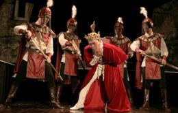 Kịch Hamlet ra mắt với giá vé 1 triệu đồng: Chỉ có… 10 khán giả cũng diễn!