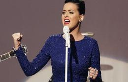 Katy Perry sẽ trình diễn cùng Lenny Kravitz tại Super Bowl
