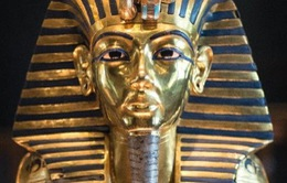 Gãy râu trên mặt nạ vàng Vua Tutankhamun: Khốn đốn vì 'sửa sai' bằng keo dính