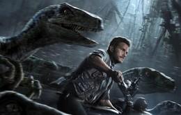 Choáng ngợp với bối cảnh của Jurassic World