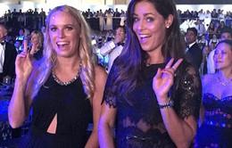 Ivanovic và Wozniacki xúng xính tới Dubai xem Perry biểu diễn