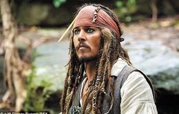 Johnny Depp phẫu thuật trong thời gian đóng phim