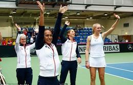 Bỏ con ở Úc mở rộng, mẹ Murray hưởng niềm vui tại Fed Cup