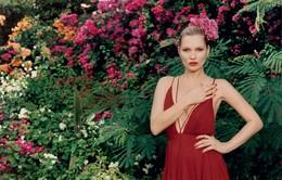 Kate Moss ngọt ngào với sắc màu mùa Hè