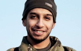 Kẻ tình nghi chủ mưu khủng bố Paris vẫn đang ẩn nấp