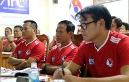 HLV Phan Thanh Hùng, Lê Huỳnh Đức tham dự khóa học HLV chuyên nghiệp của AFC