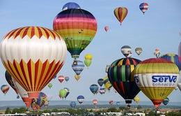 Lễ hội khinh khí cầu lớn nhất thế giới tại Pháp