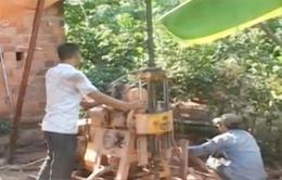 Quảng Trị: Người dân đua nhau khoan giếng chống hạn