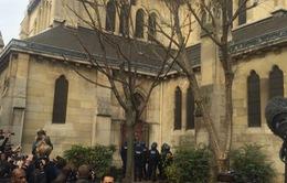 Kết thúc cuộc vây bắt nghi phạm khủng bố ở Paris, 2 nghi can thiệt mạng