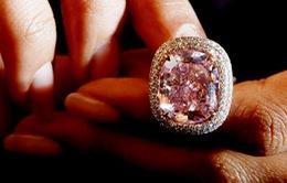 Chi 28,5 triệu USD để sở hữu viên kim cương hồng quý hiếm