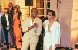 Kim Kardashian bất ngờ khoe ảnh tiệc cưới xa hoa